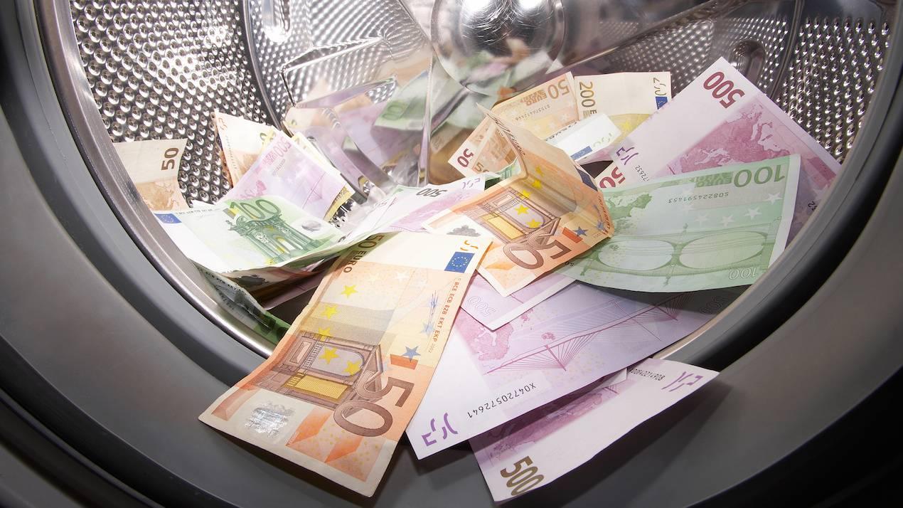 Το κόλπο με «ξέπλυμα» βρόμικου χρήματος σε φούρνους, καφέ, εστιατόρια - ΤΑ ΝΕΑ