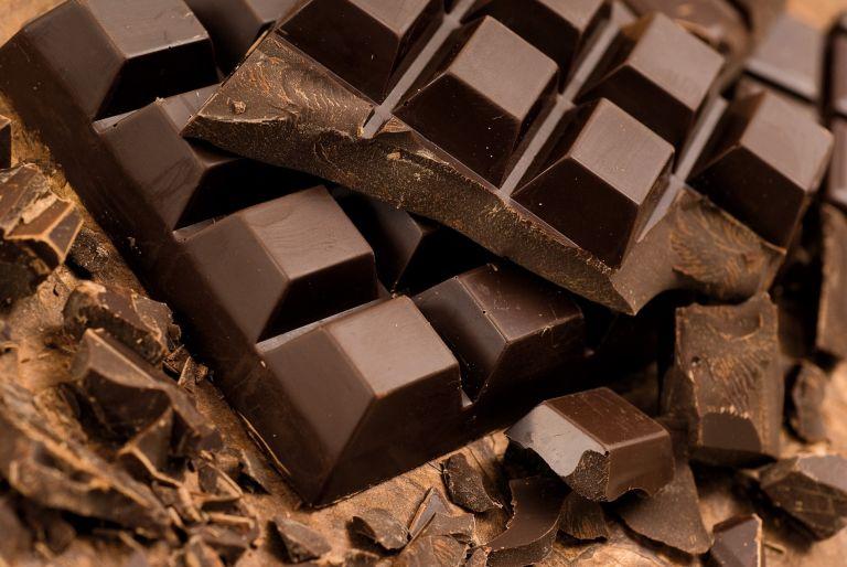 Ο ΕΦΕΤ ανακάλεσε τρεις επικίνδυνες για αλλεργικούς σοκολάτες | tanea.gr