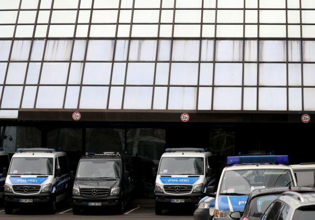 Συνεχίζεται η έρευνα στη Deutsche Bank | tanea.gr