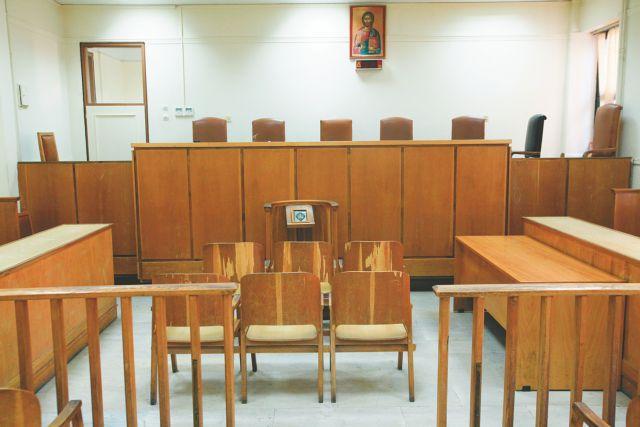Υπόθεση υποβρυχίων: Ενοχή για ξέπλυμα χρήματος και δωροδοκία προτείνει η εισαγγελέας | tanea.gr