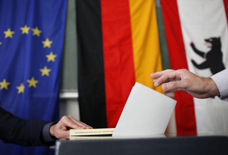 Πρόωρες εκλογές ζητούν οι Γερμανοί | tanea.gr