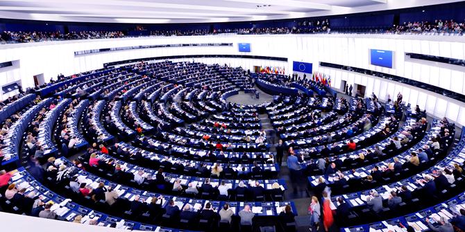 Bloomberg: Μεγαλύτερος ο φόβος για την ακροδεξιά στην Ευρώπη παρά για το Brexit   tanea.gr