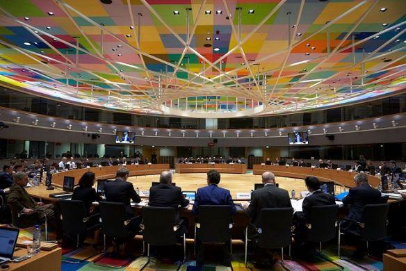 Μια βδομάδα διορία δίνουν οι Βρυξέλλες στην Ιταλία για αλλαγή του προϋπολογισμού | tanea.gr