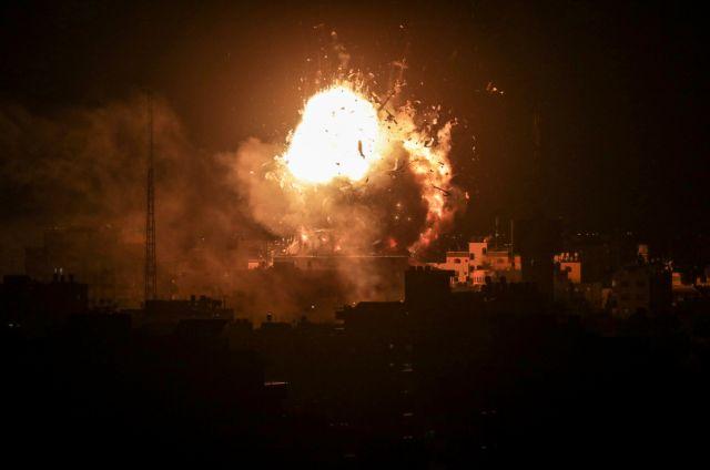 Βομβάρδισαν τον τηλεοπτικό σταθμό της Χαμάς | tanea.gr