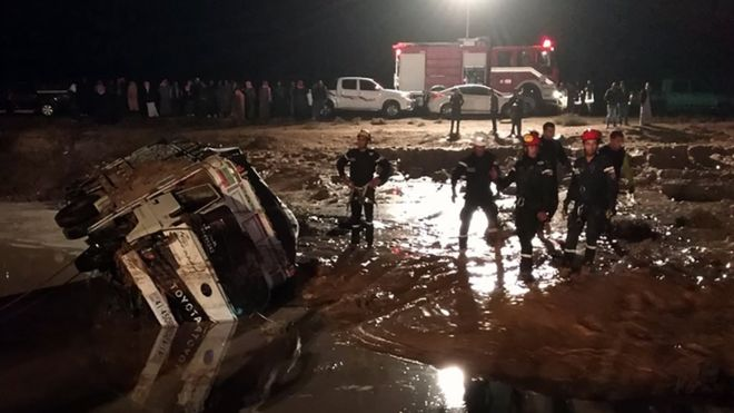 Οι βροχές «πνίγουν» την Ιορδανία: Στους 11 οι νεκροί | tanea.gr