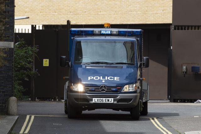 Λονδίνο: Εκρηκτικούς μηχανισμούς σε άδειο διαμέρισμα εντόπισε η αστυνομία | tanea.gr