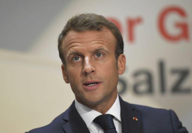 Περήφανος δηλώνει ο Μακρόν που η Νέα Καληδονία επέλεξε να παραμείνει στη Γαλλία | tanea.gr