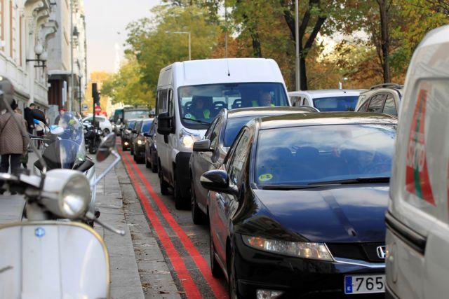 Μαδρίτη: Απαγορεύτηκε η κυκλοφορία οχημάτων ντίζελ στο κέντρο της πόλης | tanea.gr