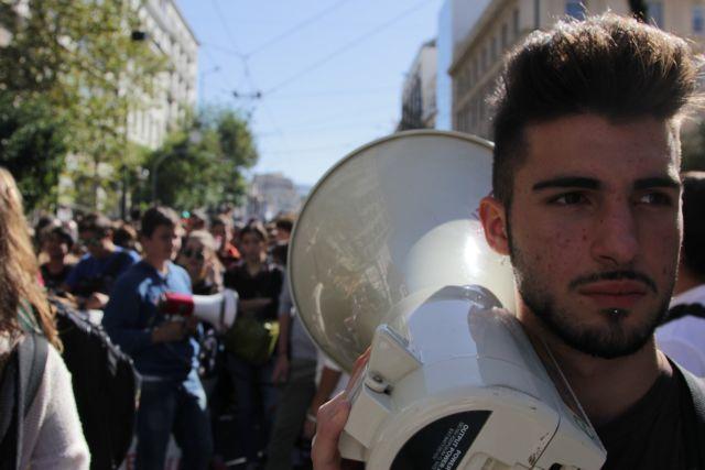 «Εμφύλιος» στα σχολεία για τη Μακεδονία – Μαθητικές συγκεντρώσεις σε Θεσσαλονίκη και Αθήνα | tanea.gr