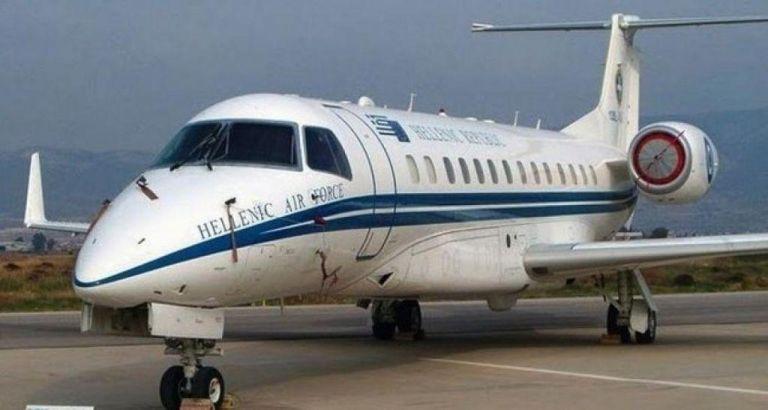 Πρώτη φορά... αριστερά με πλούσια γεύματα στο πρωθυπουργικό αεροσκάφος (δείτε το μενού) | tanea.gr