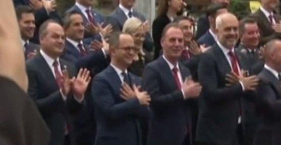 Εντι Ράμα για ΕΕ: Ποιος τους γ@@εί; | tanea.gr