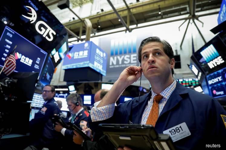 Βαθύ κόκκινο για Dow Jones και Nasdaq   tanea.gr