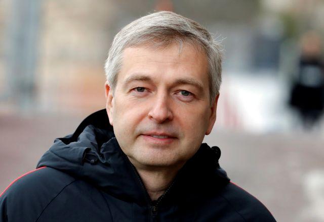 Και ο πρώην υπουργός συγκατηγορούμενος με τον Ριμπολόβλεφ | tanea.gr