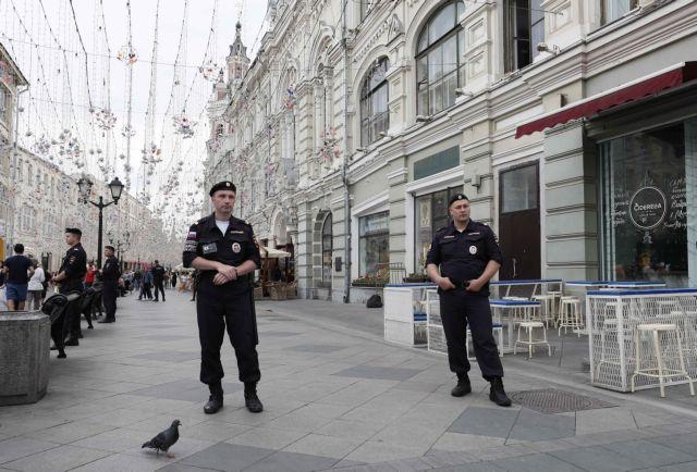 Μόσχα: Εκκενώθηκαν εμπορικά κέντρα και σιδηροδρομικός σταθμός λόγω απειλών για βόμβες | tanea.gr