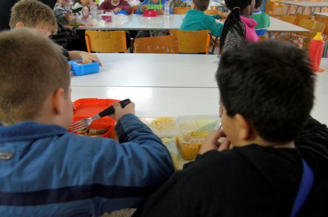 Ξεκινά η διανομή σχολικών γευμάτων σε 950 σχολεία | tanea.gr