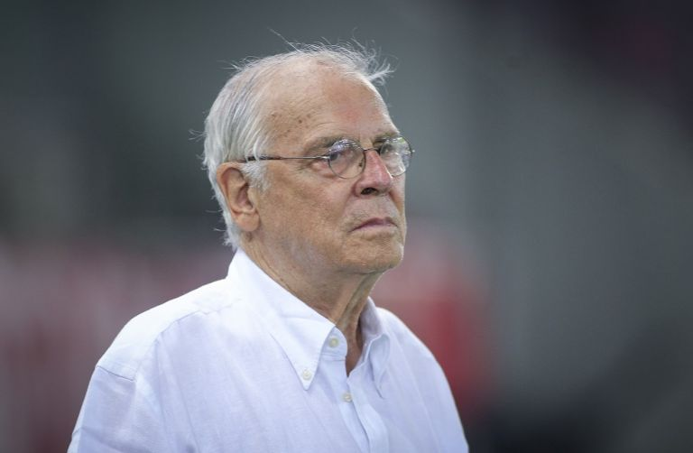 Θεοδωρίδης: «Ολυμπιακός από τα παλιά, θα στείλω τις κασέτες στην UEFA»   tanea.gr