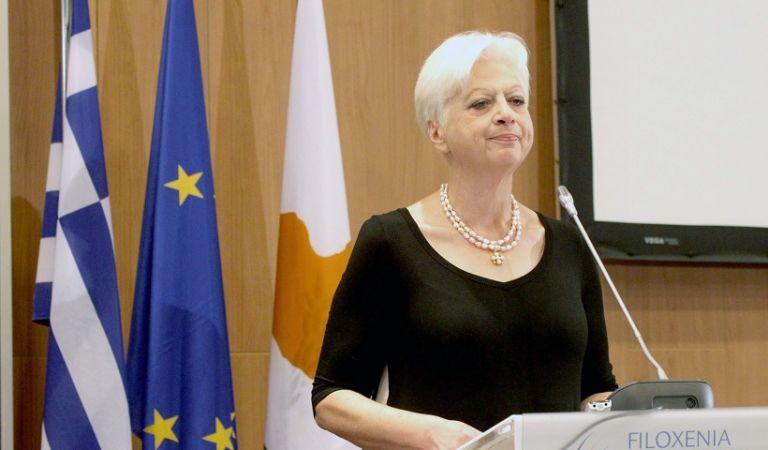 Ελένη Θεοχάρους : Ποια είναι η ευρωβουλευτής που προκαλεί οργή στον Εντι Ράμα | tanea.gr