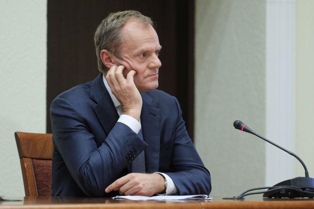 Αγρίεψε με τους Συντηρητικούς στη χώρα του ο Τουσκ και προειδοποιεί | tanea.gr