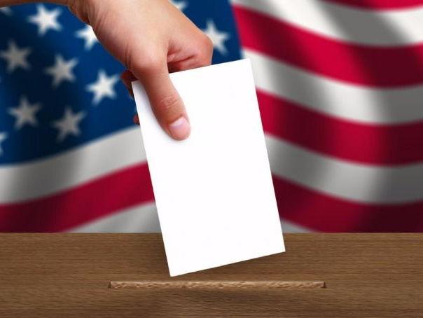 Οι Ελληνοαμερικανοί που μπαίνουν στη μάχη των ενδιάμεσων εκλογών | tanea.gr
