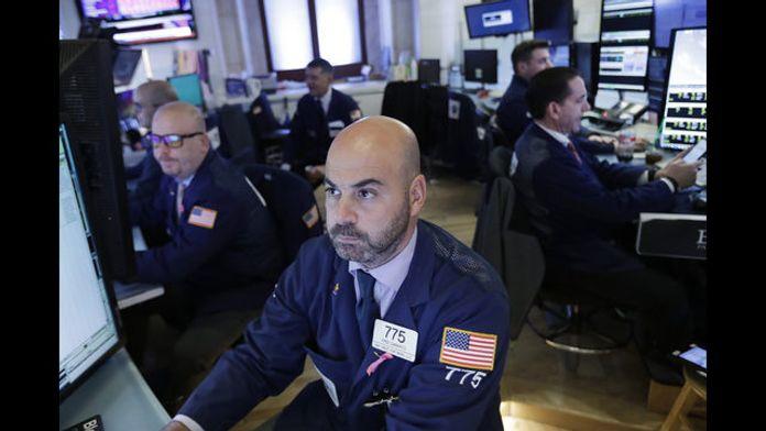 Σε ελεύθερη πτώση η Wall Street - Ο Dow Jones έχασε τα κέρδη του 2018 | tanea.gr
