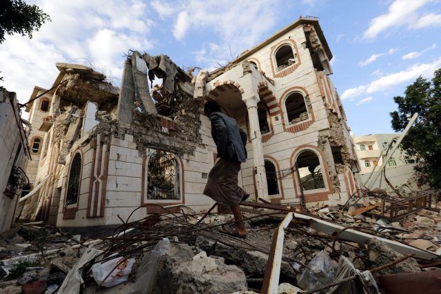 Υεμένη: Εντείνονται οι μάχες, πληθαίνουν οι νεκροί | tanea.gr