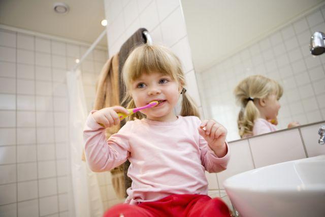 Πως η οδοντόβουρτσα θα γίνει η καλύτερη φίλη του παιδιού σου | tanea.gr