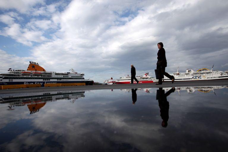 Χατζηδάκης: «Ο Πειραιάς μπορεί να γίνει ένα από τα πιο μεγάλα λιμάνια της Ευρώπης»   tanea.gr
