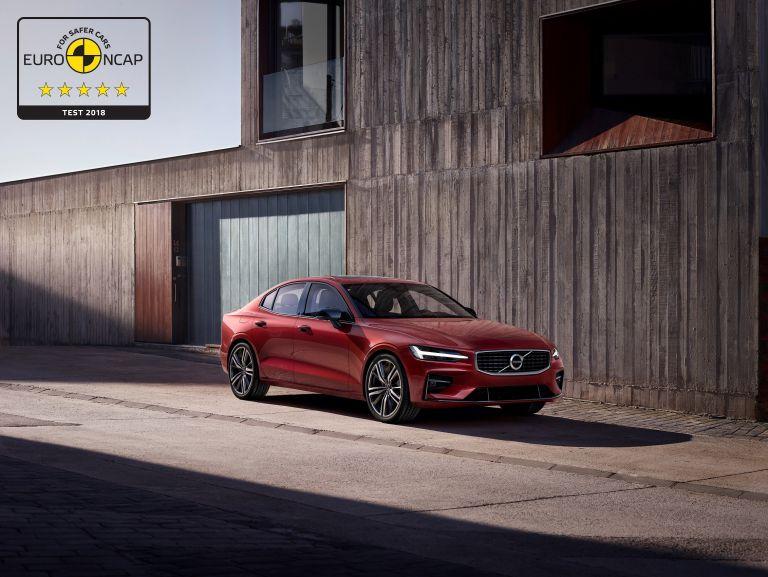 Volvo: Με πέντε αστέρια τα S60 και V60 | tanea.gr