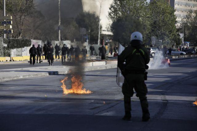 Επέτειος Γρηγορόπουλου : Στις 27 οι προσαγωγές μετά τα επεισόδια στο κέντρο της Αθήνας | tanea.gr
