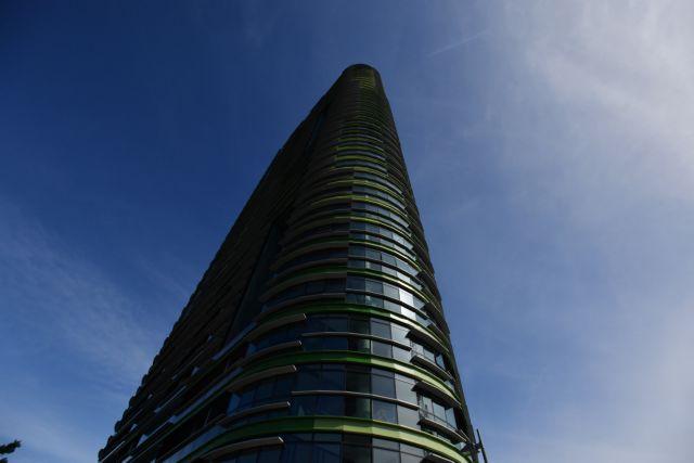 Εκκενώθηκε ξανά ουρανοξύστης στο Σίδνεϊ εξαιτίας ρωγμής | tanea.gr