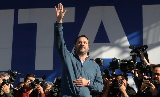 Σαλβίνι: Δε θα ρίξω την κυβέρνηση εξαιτίας των γκάλοπ | tanea.gr