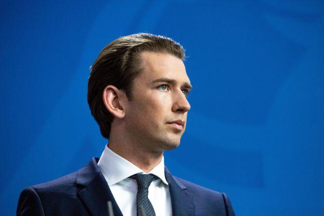 Αυστρία: Παραμένει στην κορυφή των δημοσκοπήσεων η κυβέρνηση Κουρτς | tanea.gr