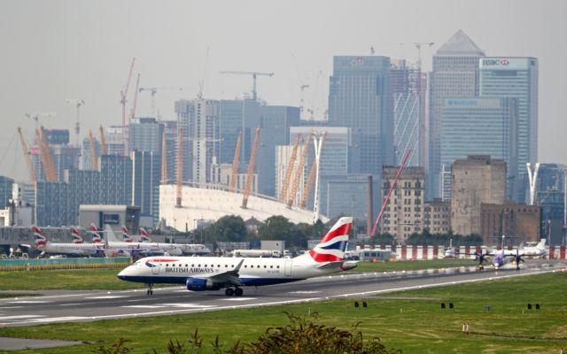 Βρετανία: Στο στόχαστρο της Αλ Κάιντα αεροπλάνα και αεροδρόμια   tanea.gr