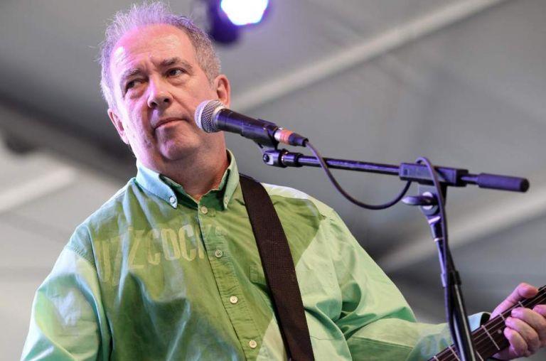 Pete Shelley : Πέθανε από ανακοπή καρδιάς ο τραγουδιστής των Buzzcocks | tanea.gr