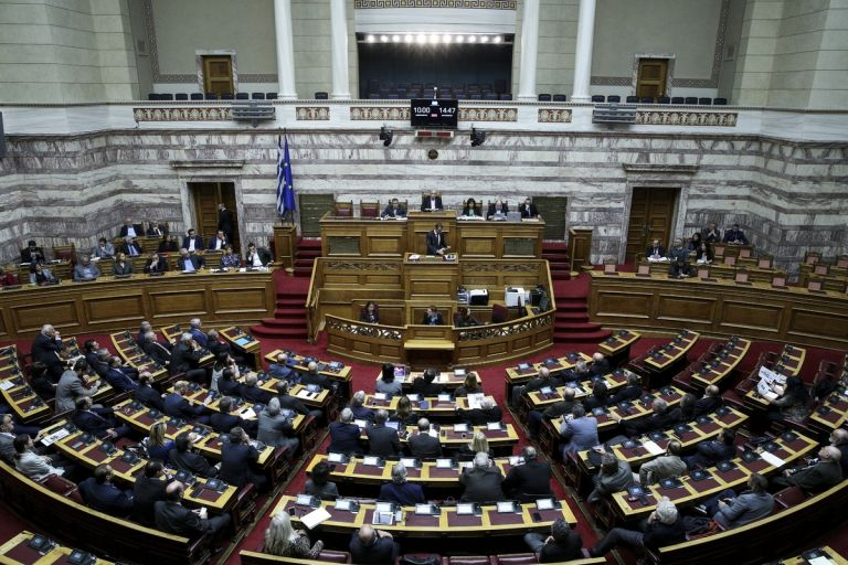 Αυτές είναι οι πέντε «βόμβες» που απειλούν να διαλύσουν την οικονομία | tanea.gr