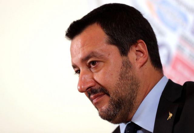 Σαλβίνι: Ο Κόντε έχει εντολή να διαπραγματευτεί με βάση τη λογική με την ΕΕ | tanea.gr