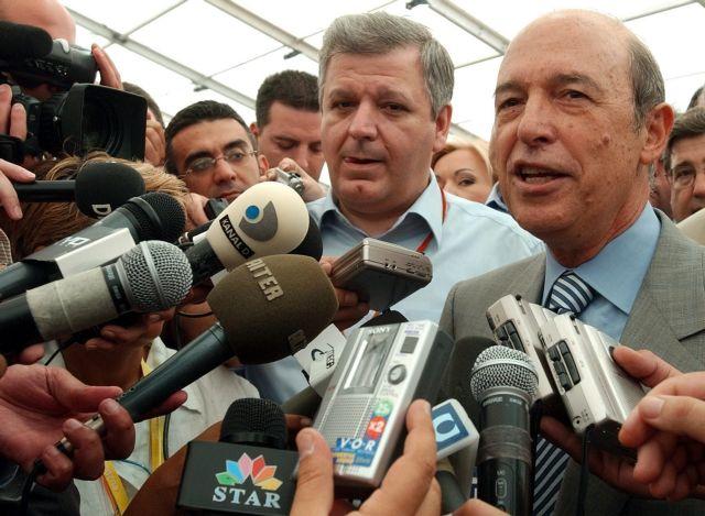 Ex-PM Simitis debunks SYRIZA success story, upbeat on EU's future | tanea.gr