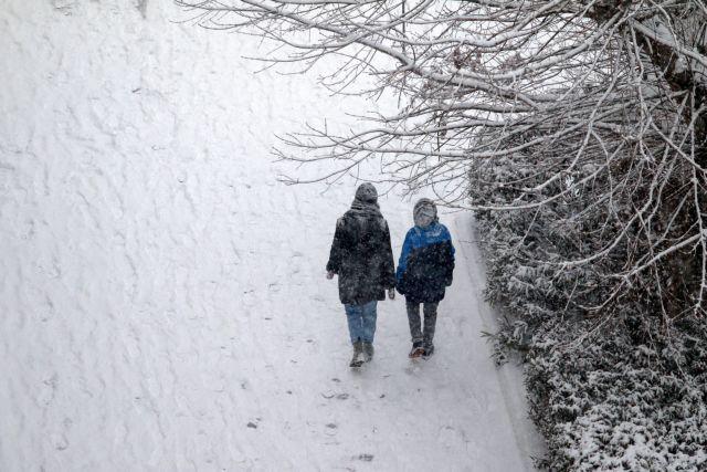 Δελτίο ΕΜΥ : Η κίνηση του ψυχρού μετώπου - Χιόνι και πτώση της θερμοκρασίας έως 18 βαθμούς   tanea.gr