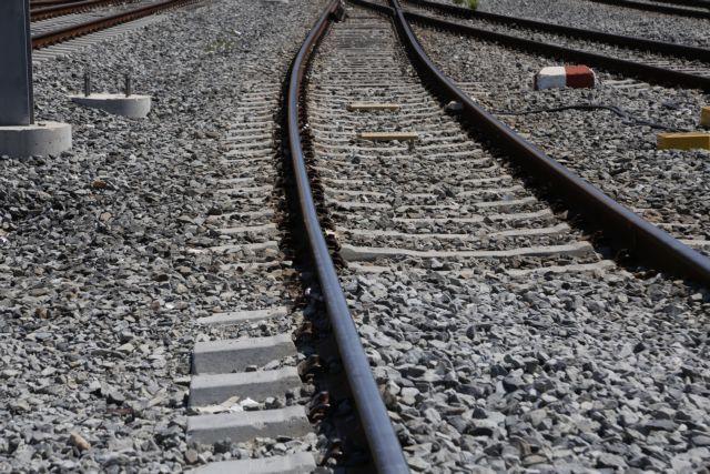 Δεν έχει τρένο για Διακοπτό - Καλάβρυτα λόγω κατολισθήσης   tanea.gr