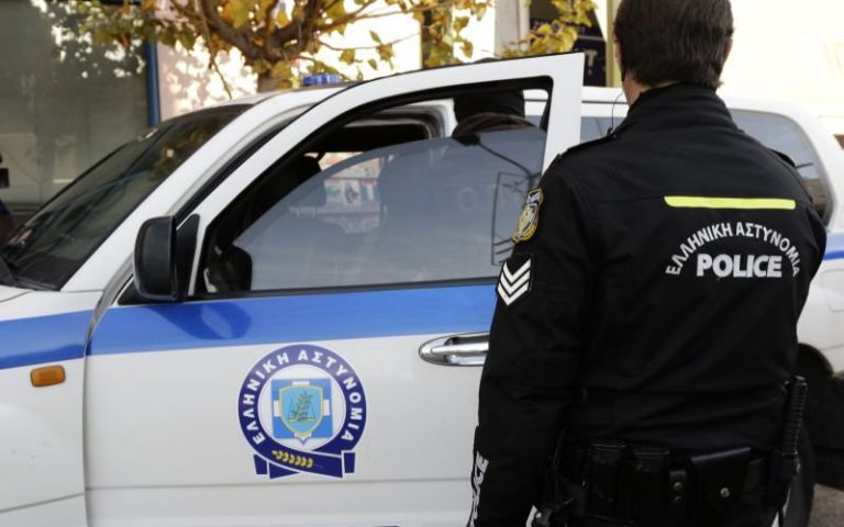 Ανήλικος καταγγέλλει σεξουαλική παρενόχληση από οδηγό λεωφορείου   tanea.gr