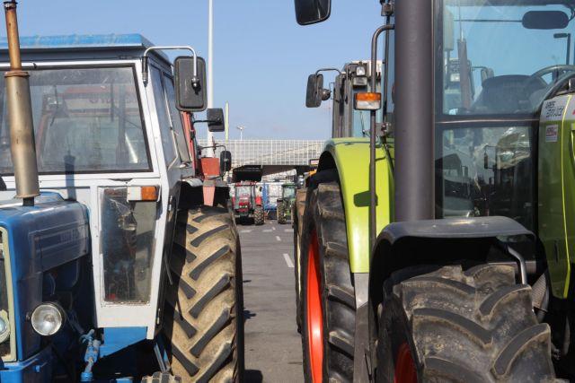 Συλλαλητήριο αγροτών στους Εύζωνες για τη Μακεδονία | tanea.gr