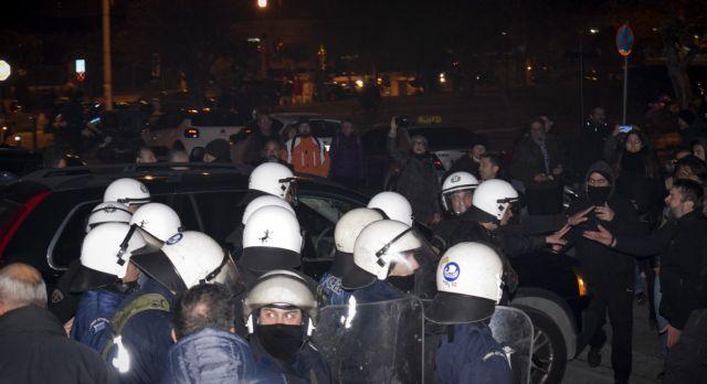 Εννέα στο αυτόφωρο για την επίθεση κοντά στο σπίτι τής Ελισάβετ Σκούφα | tanea.gr