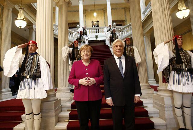 FAZ : Στήριξη στην Ελλάδα για το προσφυγικό υποσχέθηκε η Μέρκελ | tanea.gr