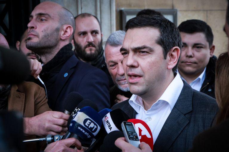 Πληροφορίες φέρουν τον Πρωθυπουργό να ανακοινώνει αύξηση του κατώτατου μισθού   tanea.gr