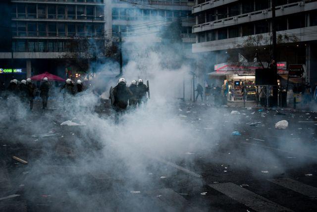 Χημικοί εναντίον Τσίπρα: Τα χημικά στις διαδηλώσεις μπορούν να προκαλέσουν ακόμα και θάνατο | tanea.gr