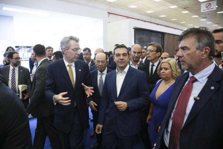 Το υποκριτικό «ενδιαφέρον» του Τζέφρυ Πάιατ για την ελληνική οικονομία | tanea.gr