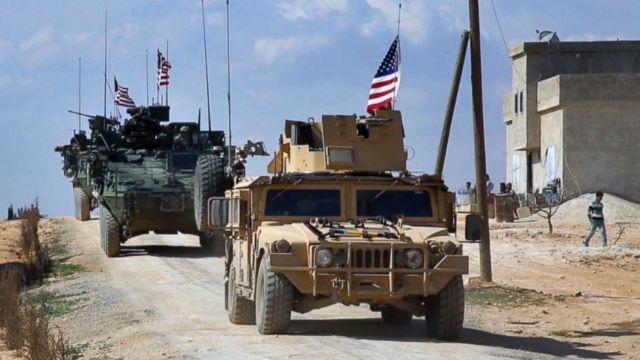 Συρία: Ξεκίνησε η αποχώρηση των αμερικανικών στρατευμάτων | tanea.gr
