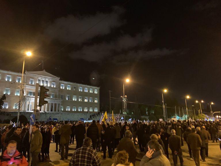 Συλλαλητήριο : «Αστακός» η Βουλή - Κλούβες έκλεισαν τους δρόμους   tanea.gr