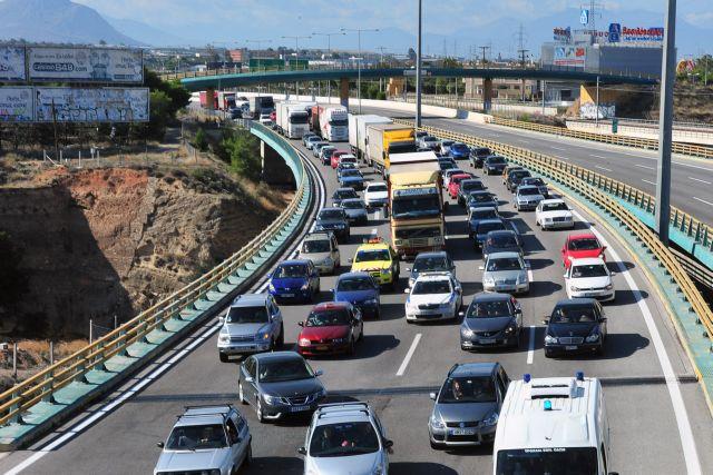 Διακοπή κυκλοφορίας στην παλαιά εθνική οδό Πατρών - Κορίνθου   tanea.gr