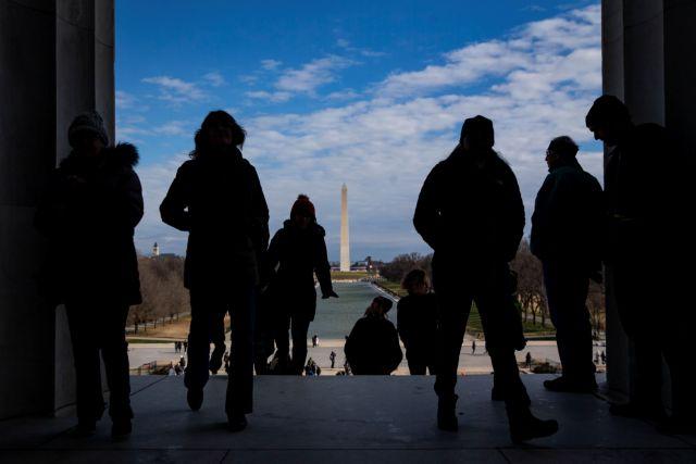 ΗΠΑ: Εφιάλτης για χιλιάδες απλήρωτους υπαλλήλους το shutdown | tanea.gr